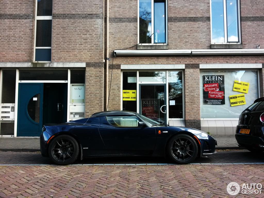 tesla-motors-roadster-sport-25-c551524112014165618_1.jpg