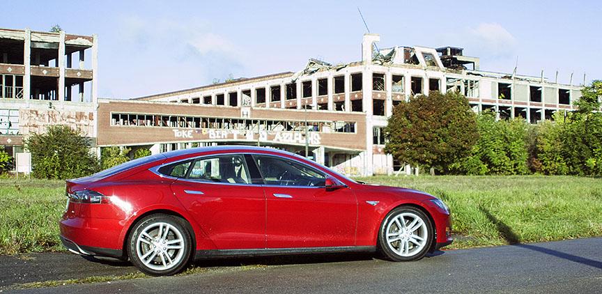 Tesla-Packard 2.jpg
