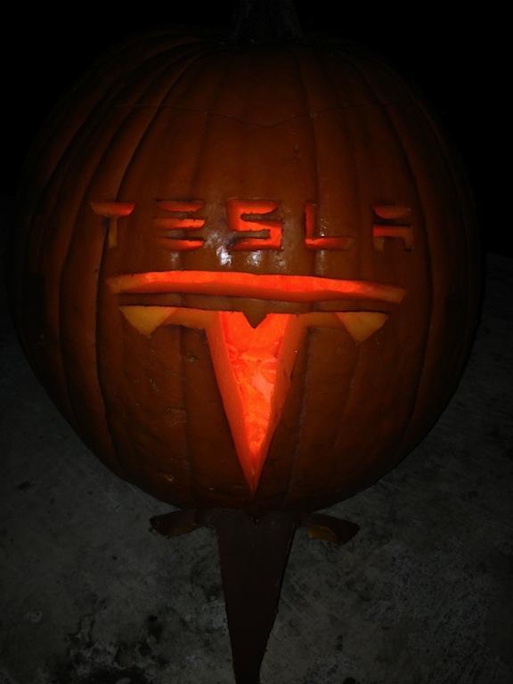Tesla Pumpkin.jpg