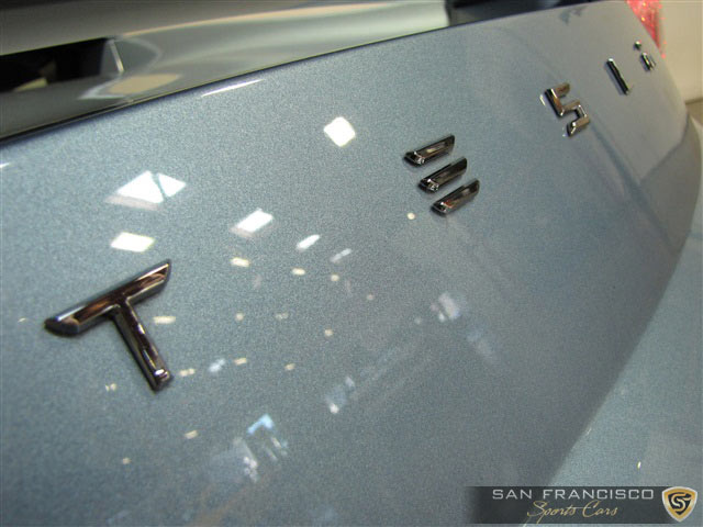 tesla roadster 176 closeup.jpg