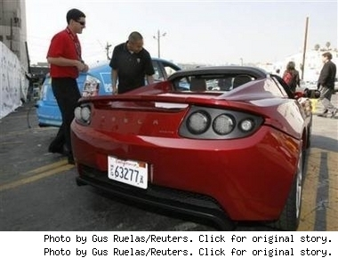 tesla-roadster-at-ocsars.jpg