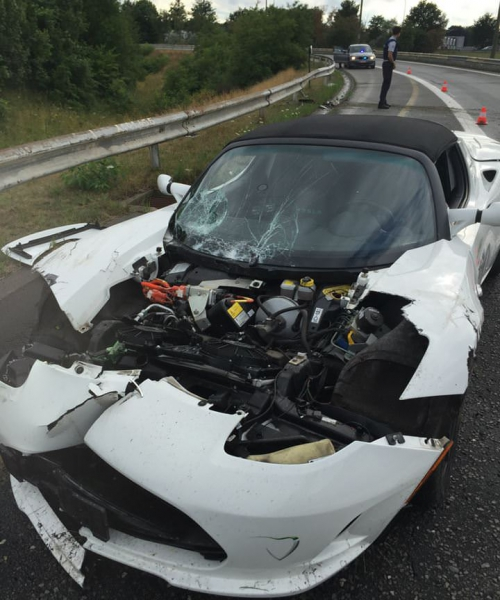 Tesla-Roadster-crash-1-500x600_c.jpg