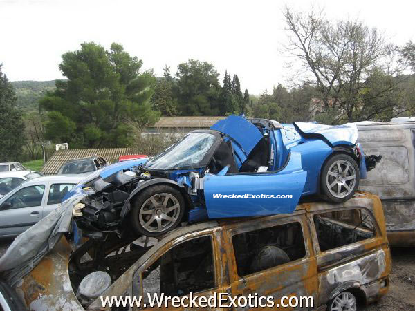 tesla-roadster-crash.jpg