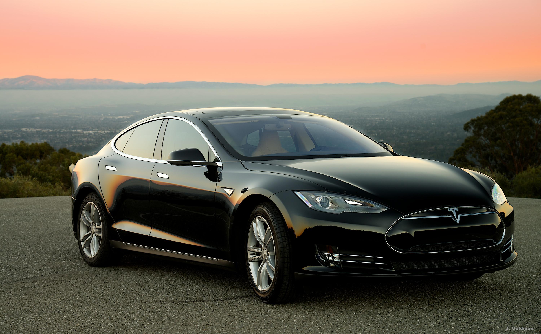 Tesla-Saratoga 2.jpg