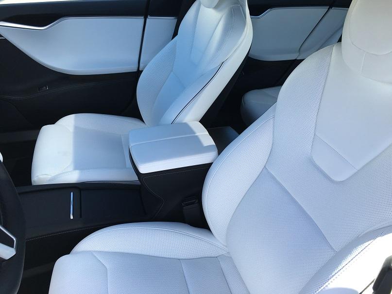Tesla Seats.jpg