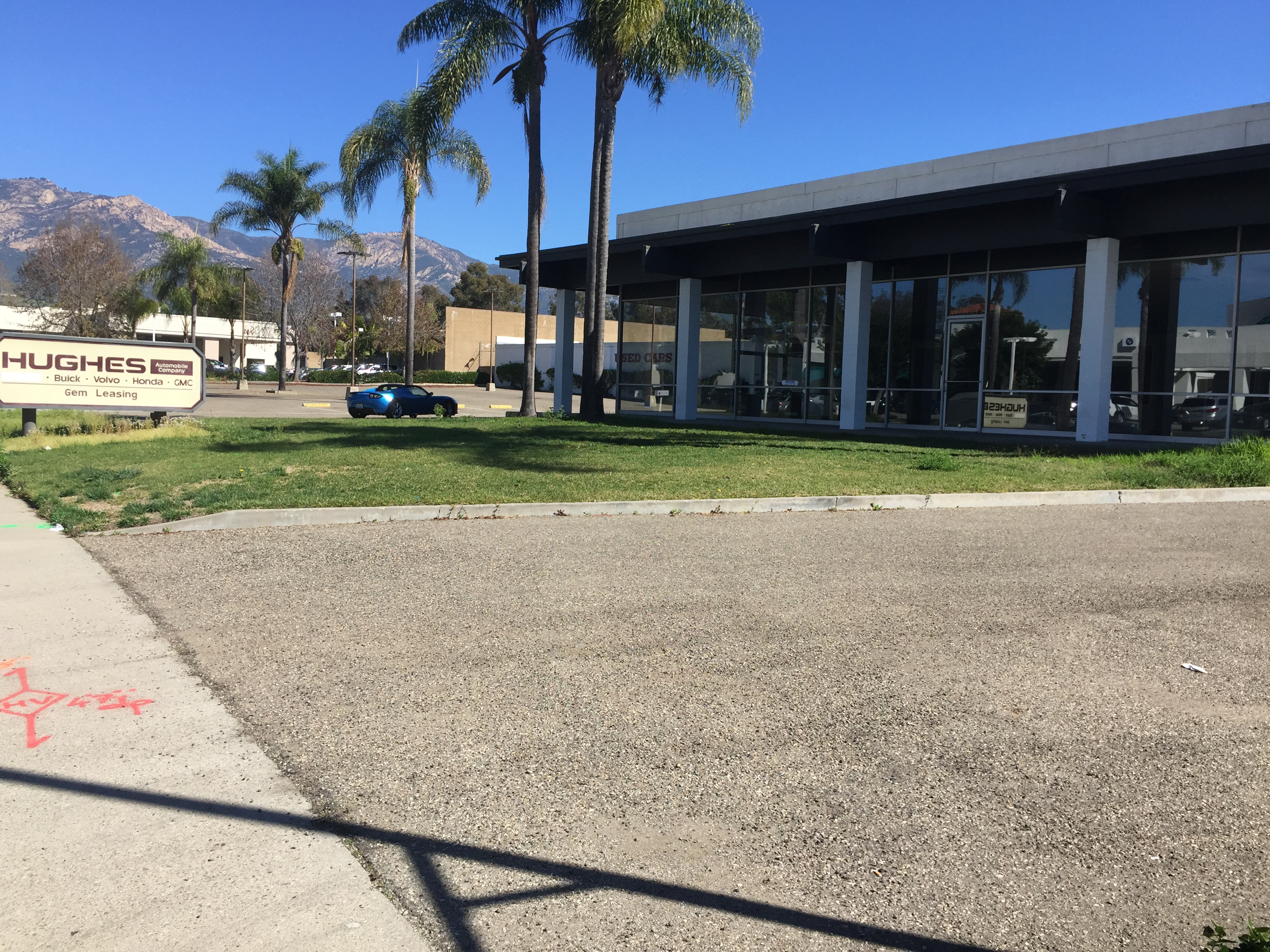 Tesla showroom to be (6).JPG