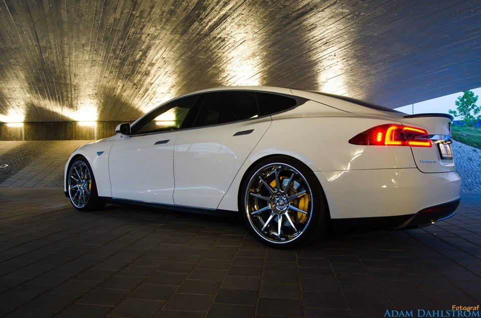 Tesla side 2.jpg