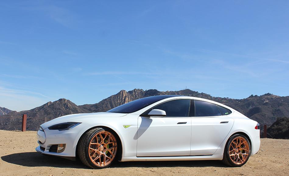 Tesla-T-Sportline-2-Santa-Monica-Mtns.jpg