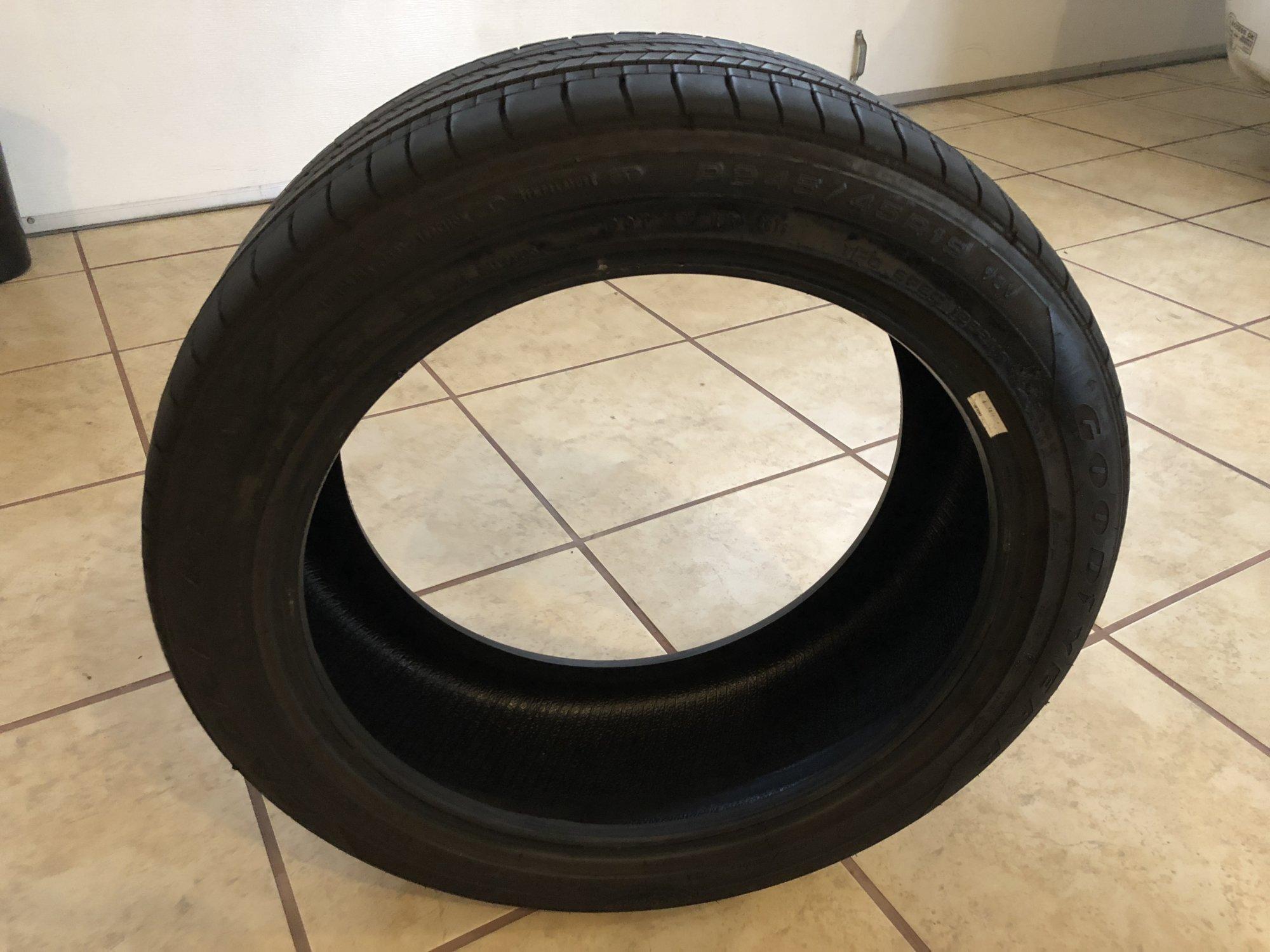 Tesla Tire 1.JPG