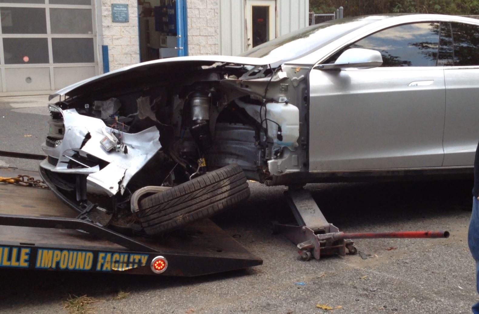 Tesla Tire.JPG