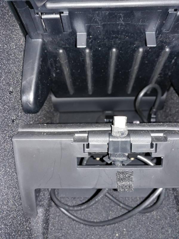 tesla-usb-type-c-mount-x800.jpg