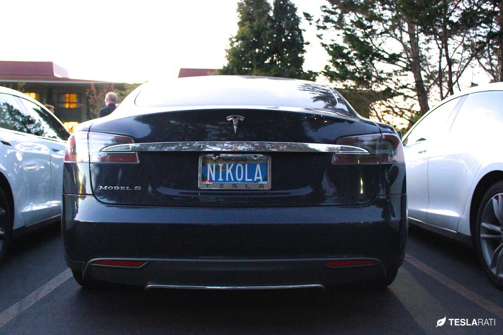 Tesla-Vanity-Plates-9.jpg