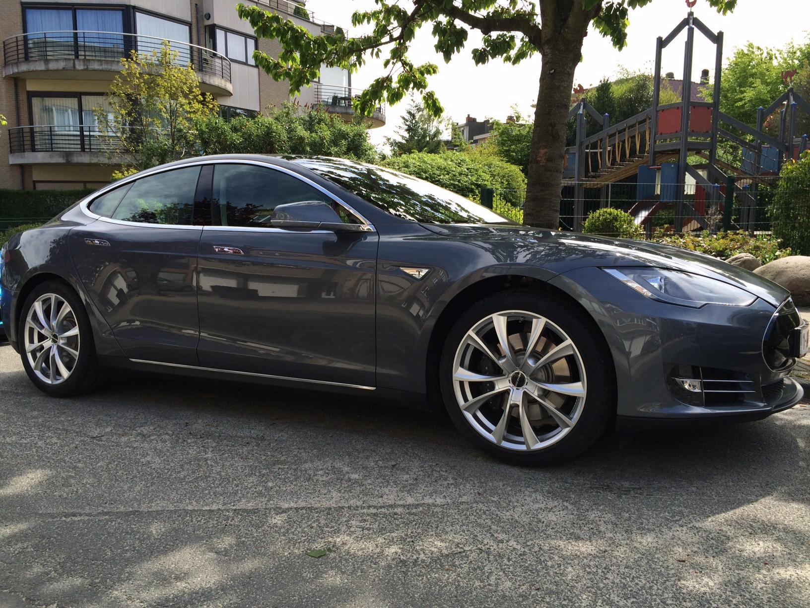 Tesla Volt.JPG