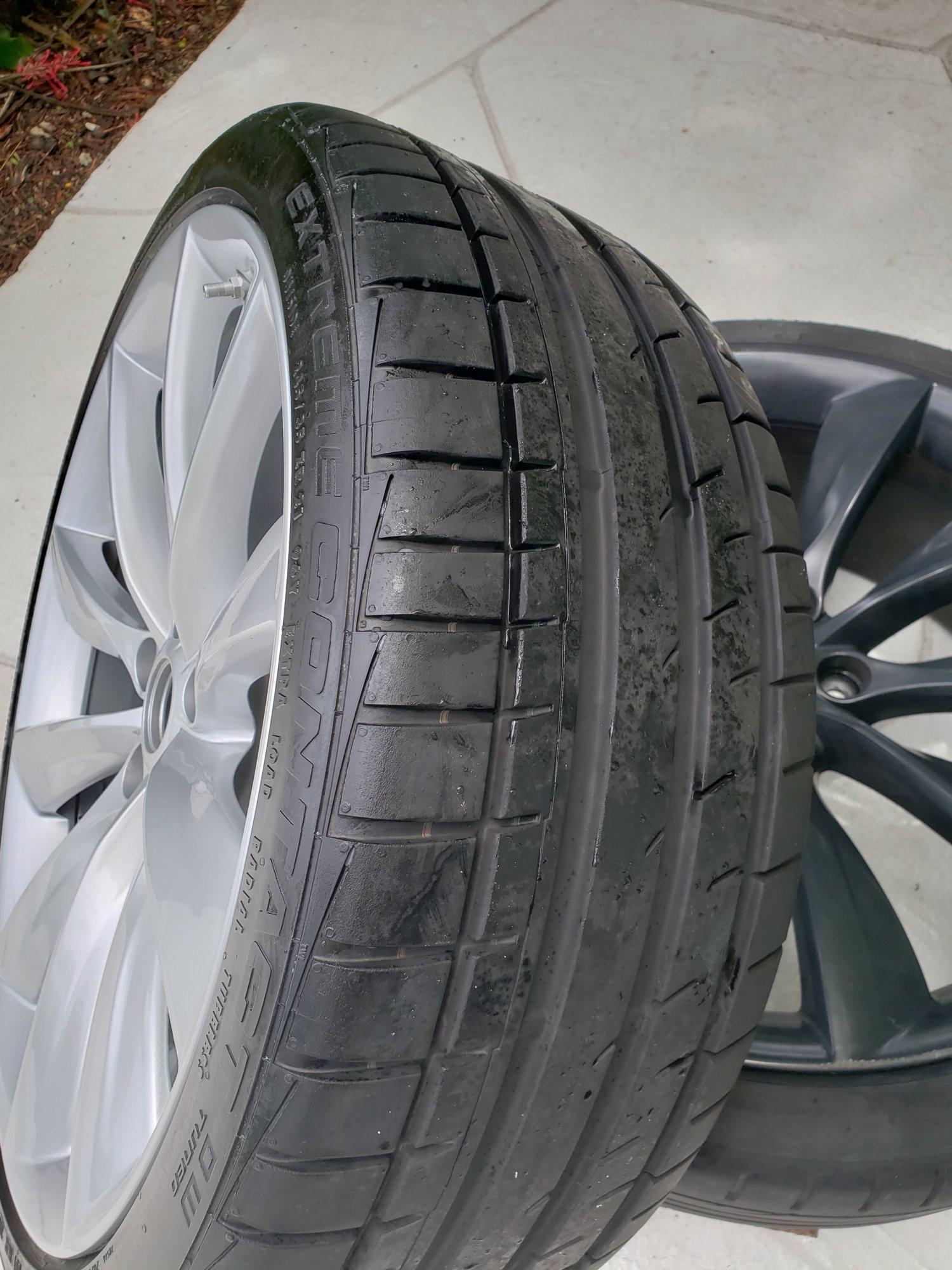 Tesla Wheel 1.jpg