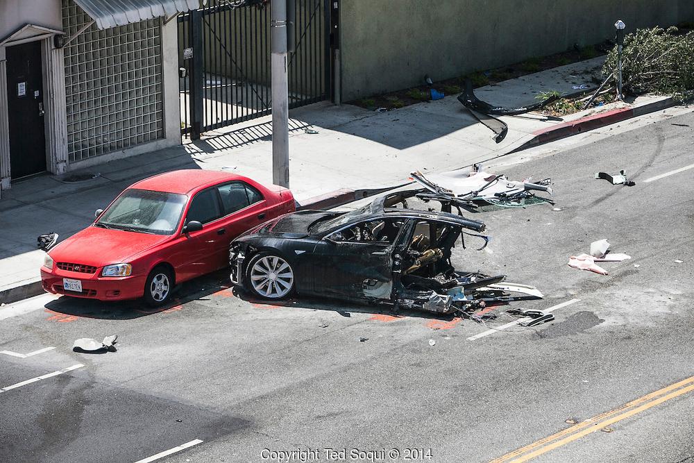 Tesla-Wreck-016.jpg