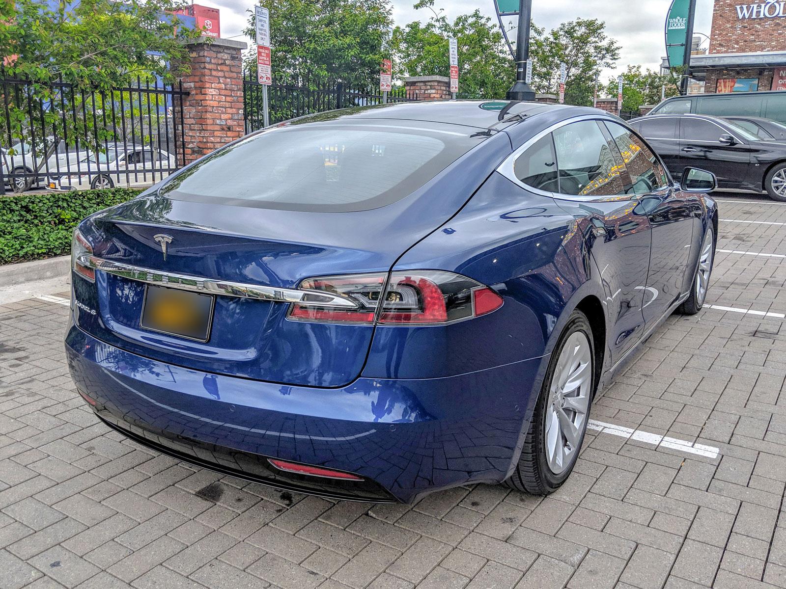 Tesla_3_2.jpg