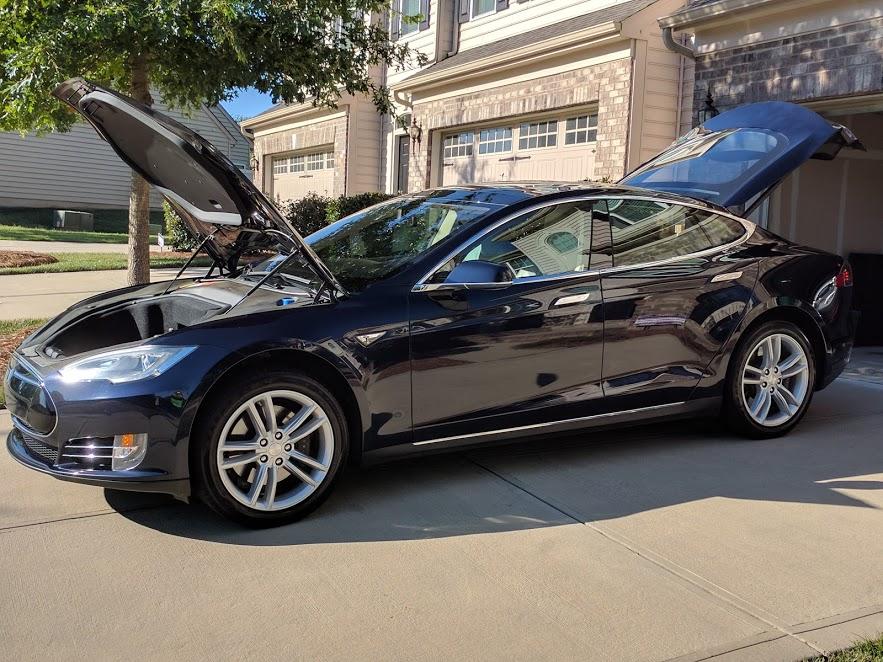 Tesla_Image 1.jpg