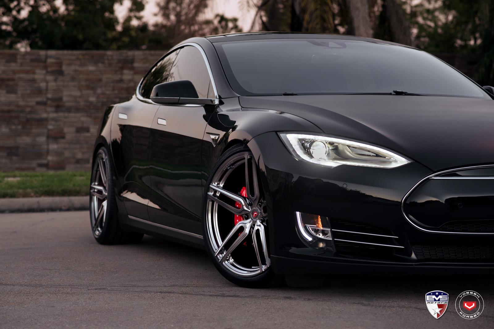 Tesla_Model S_HC-1_8acb0195.jpg