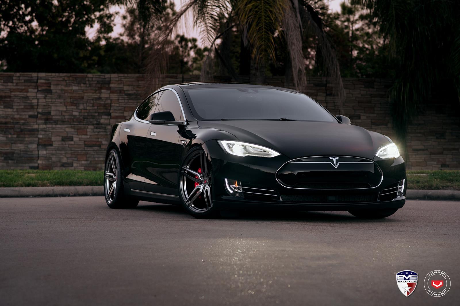 Tesla_Model S_HC-1_e8494ab1.jpg