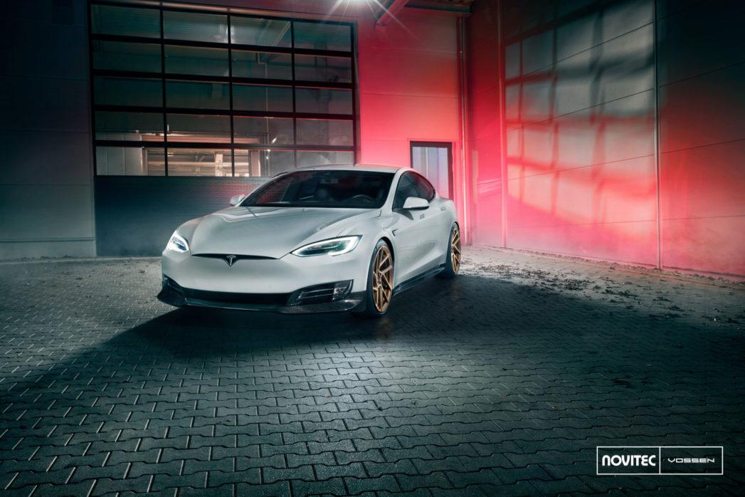 Tesla_Model-S_NV2_808a9f3e-1047x698.jpg