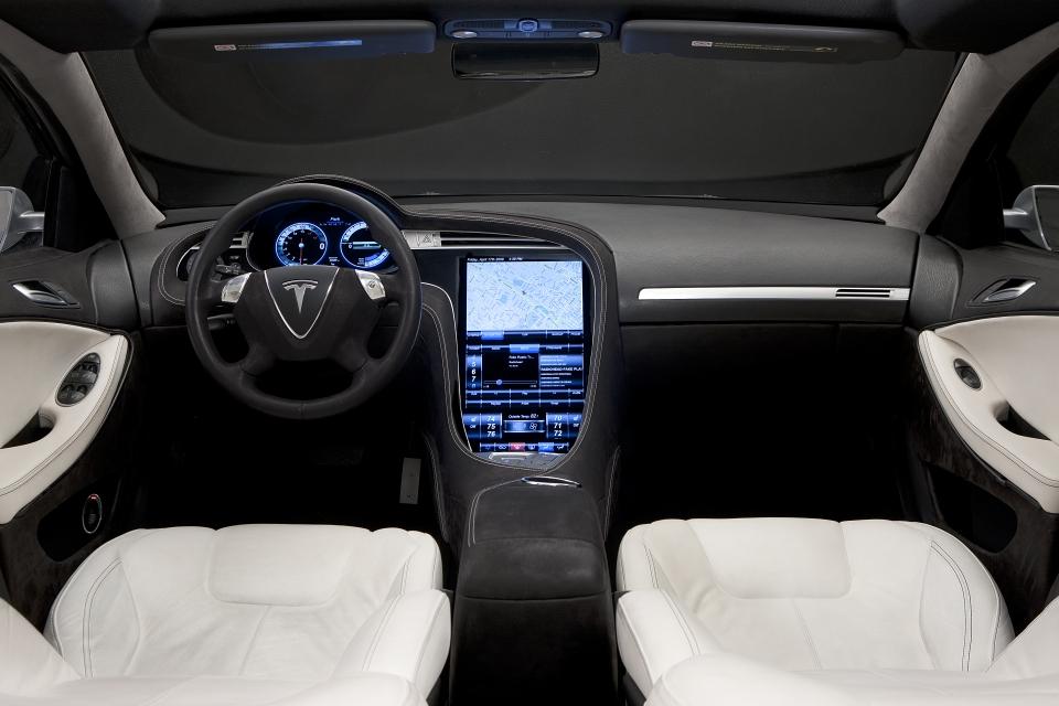 Tesla_Model_S_2009_785.jpg