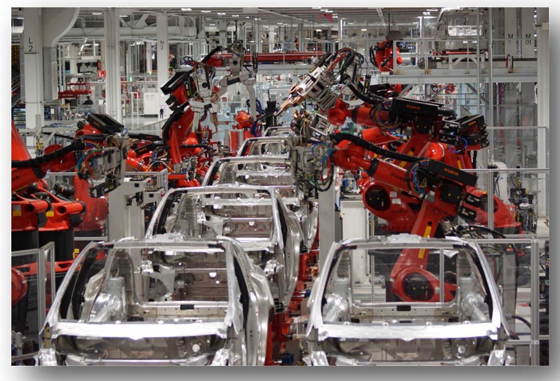 Tesla_Model_X_assembly_line.jpg