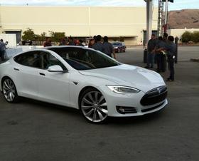Tesla_S_web*280.jpg