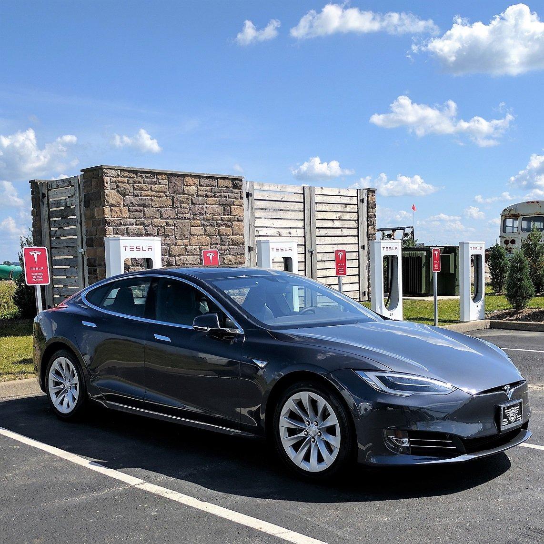 Tesla_Supercharge_061717.jpg