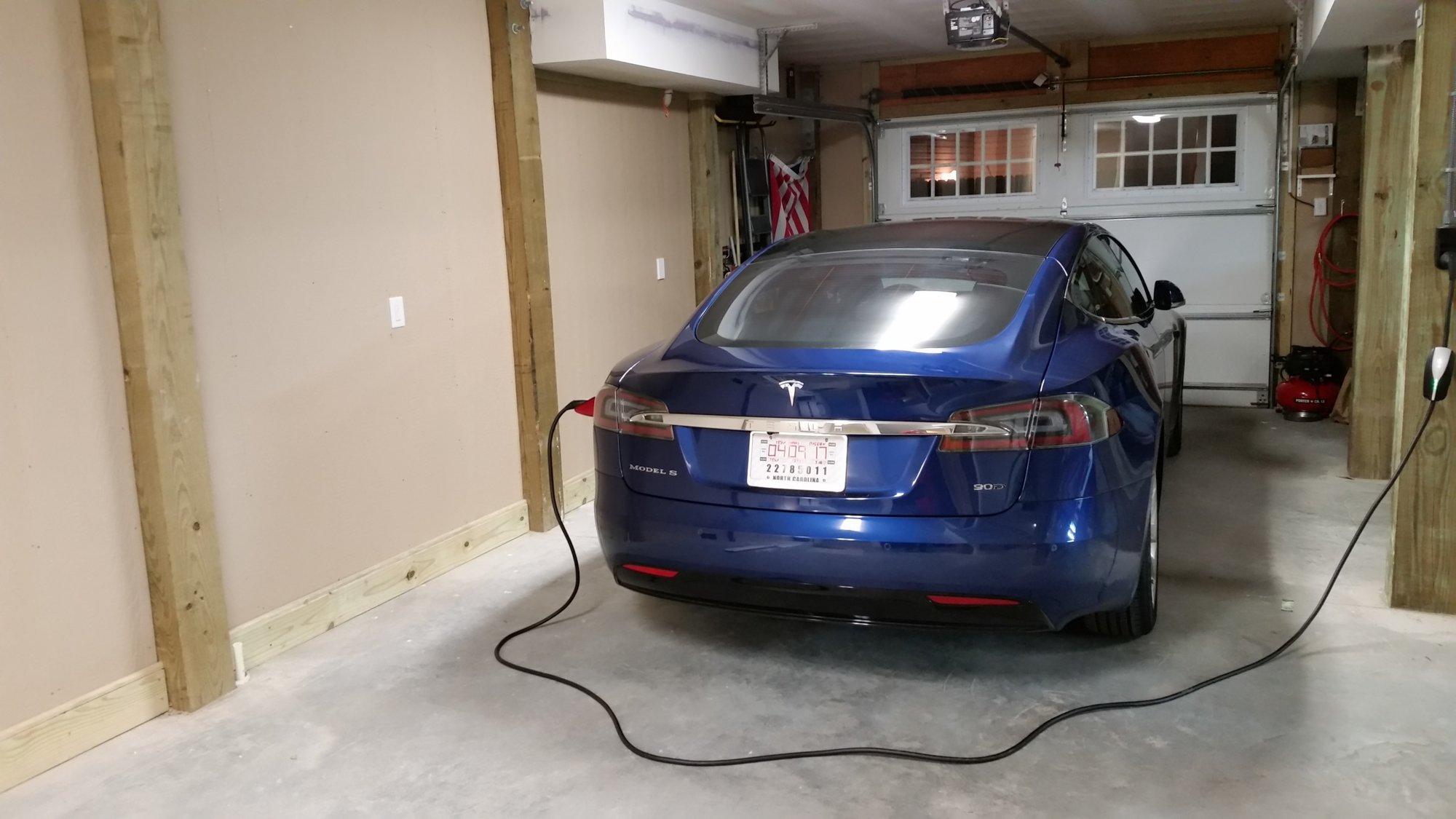 TeslaGarage.jpg