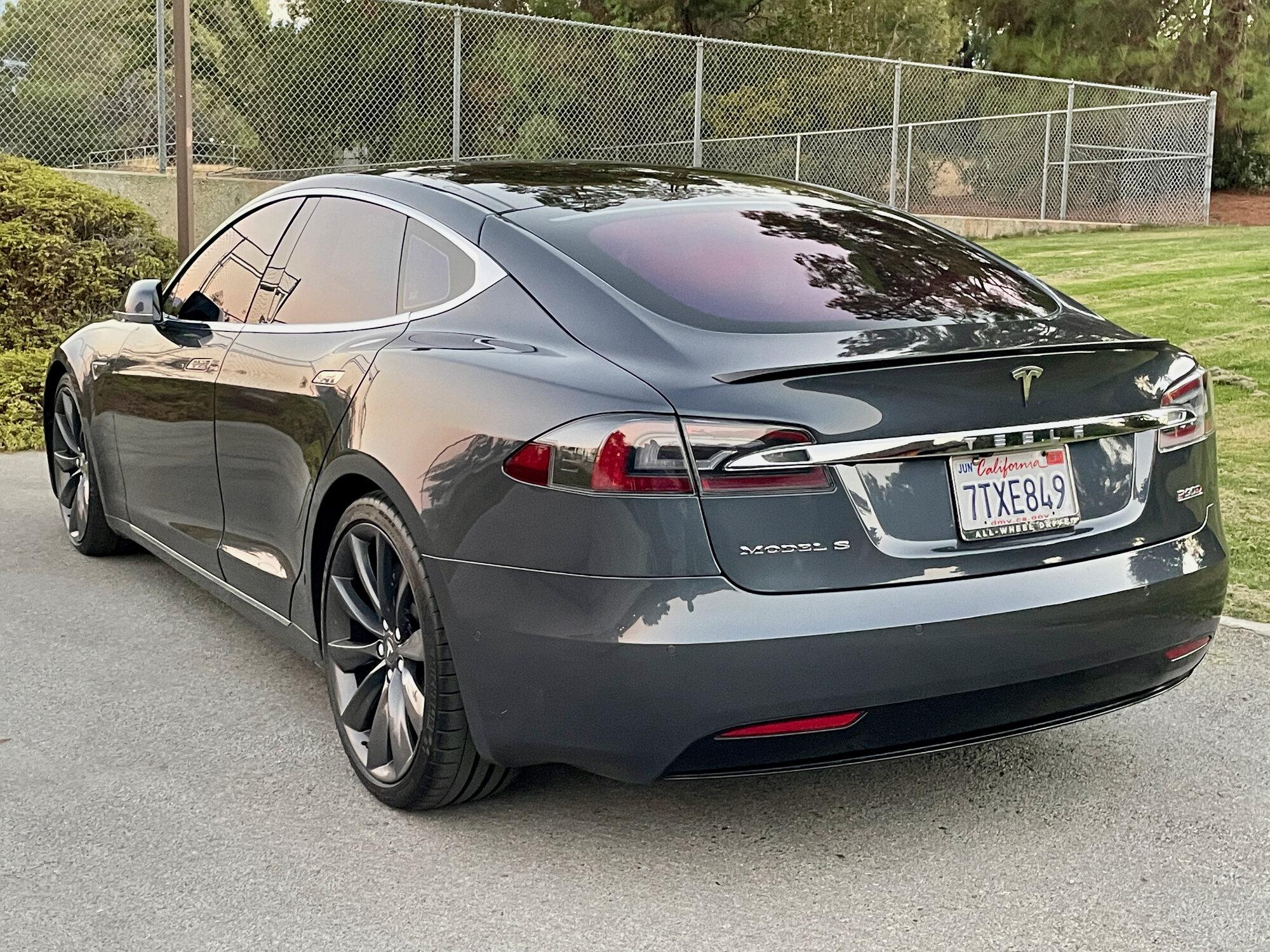 TeslaModelS-P90DL- - exterior10-79.jpeg