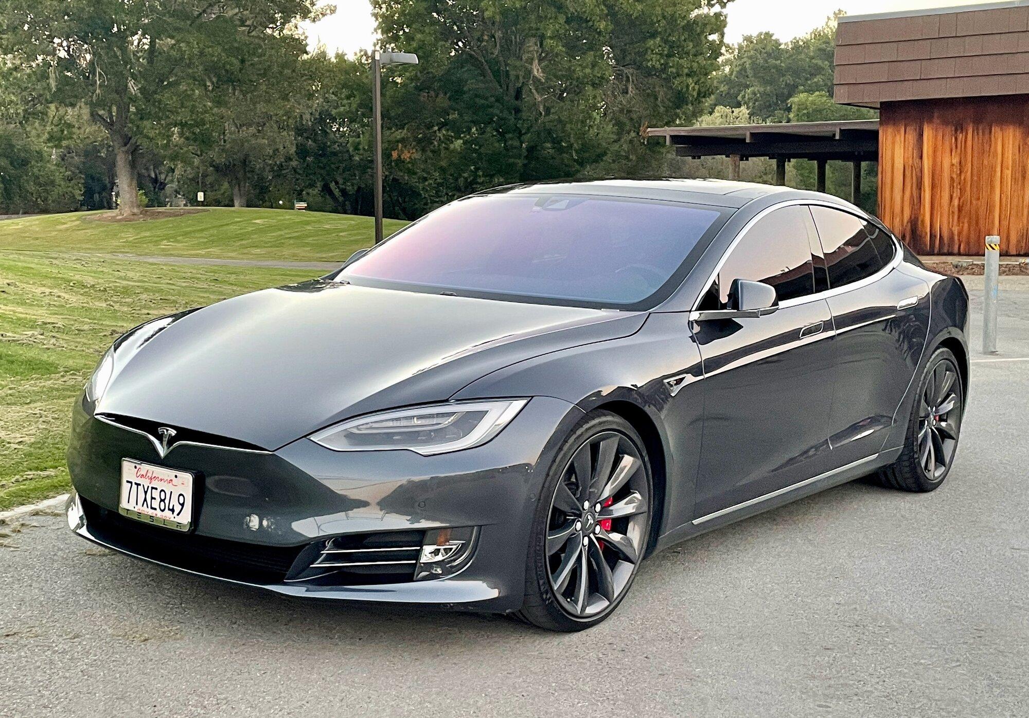 TeslaModelS-P90DL- - exterior12-69.jpeg