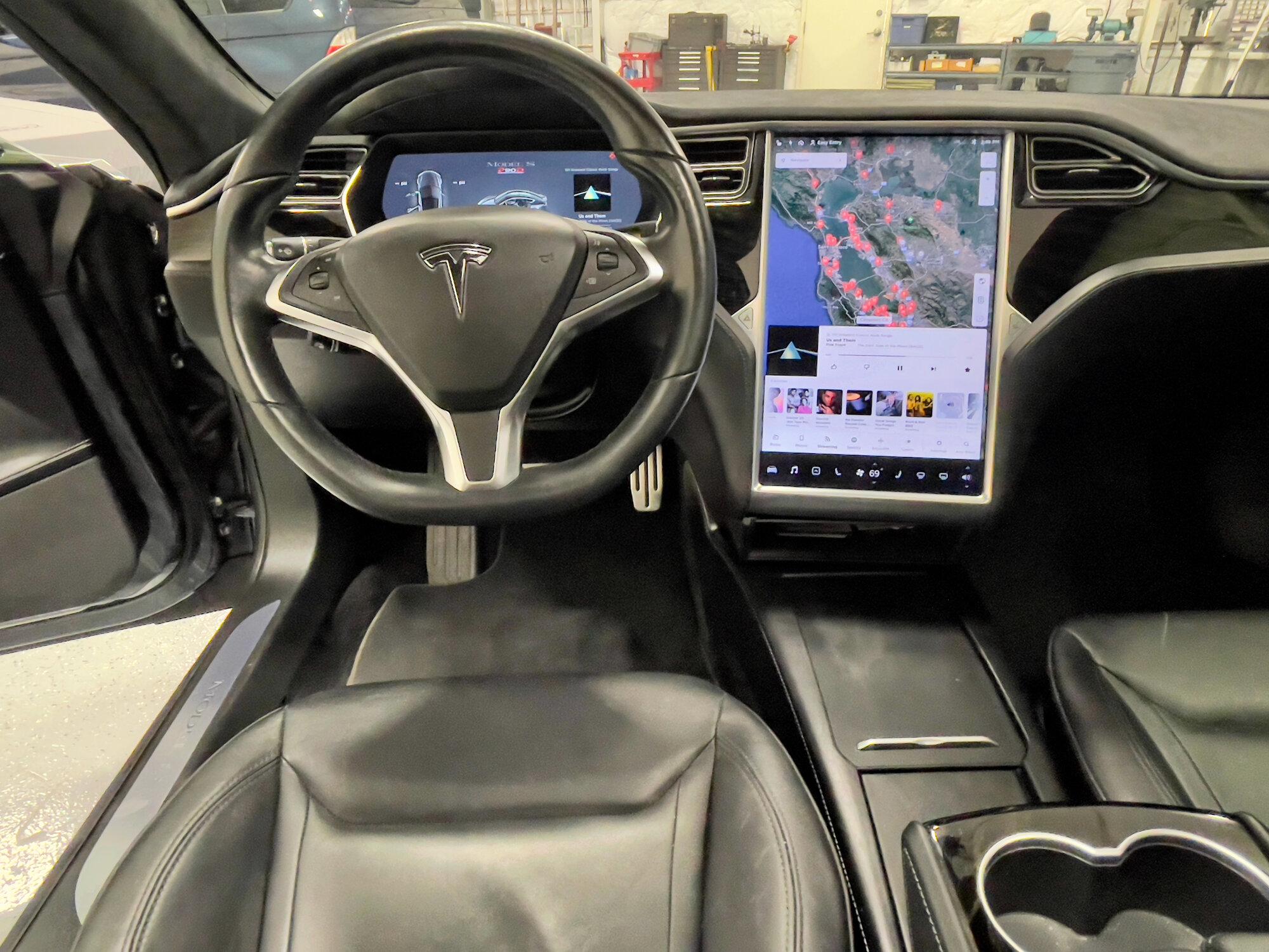 TeslaModelS-P90DL- - inside1.jpeg