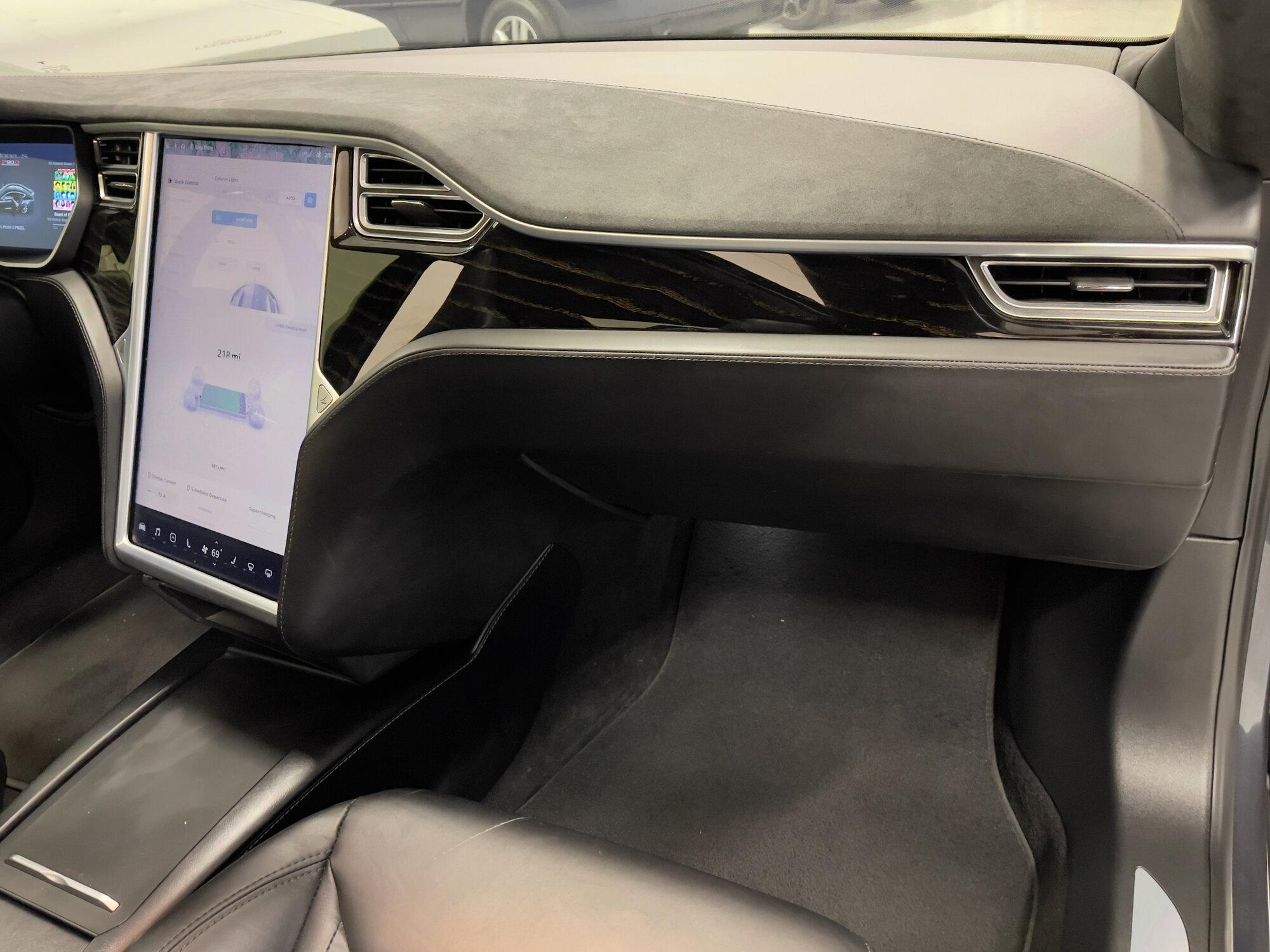 TeslaModelS-P90DL- - inside17.jpeg