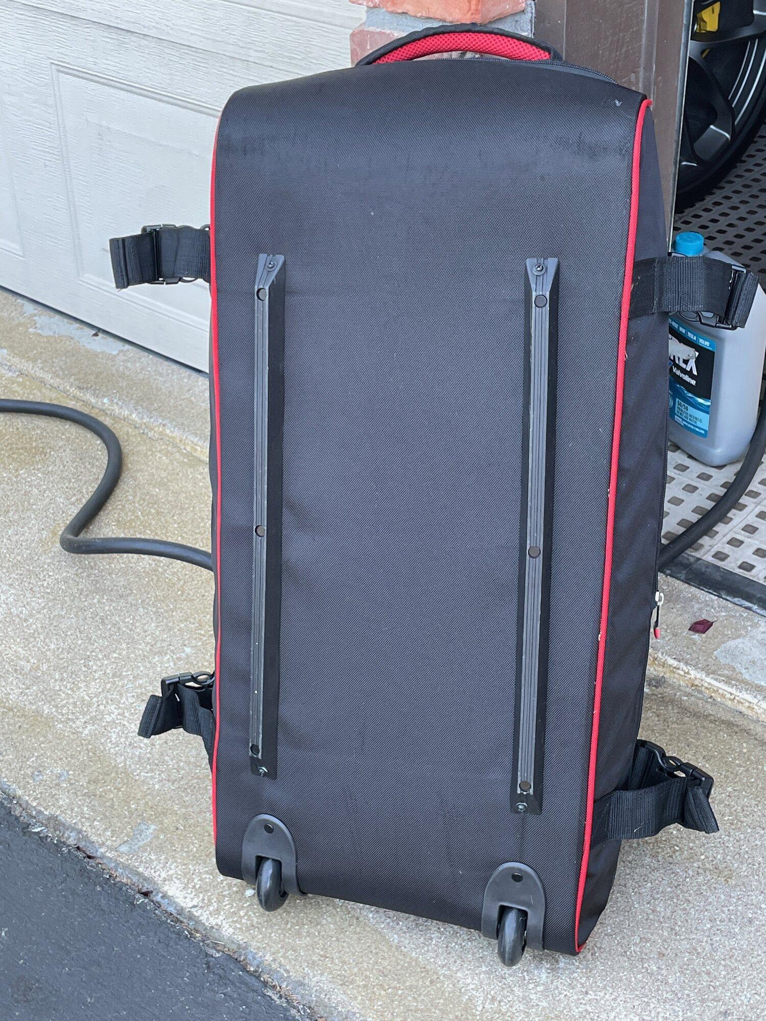 TeslaModelS-P90DL- - luggage5.jpeg