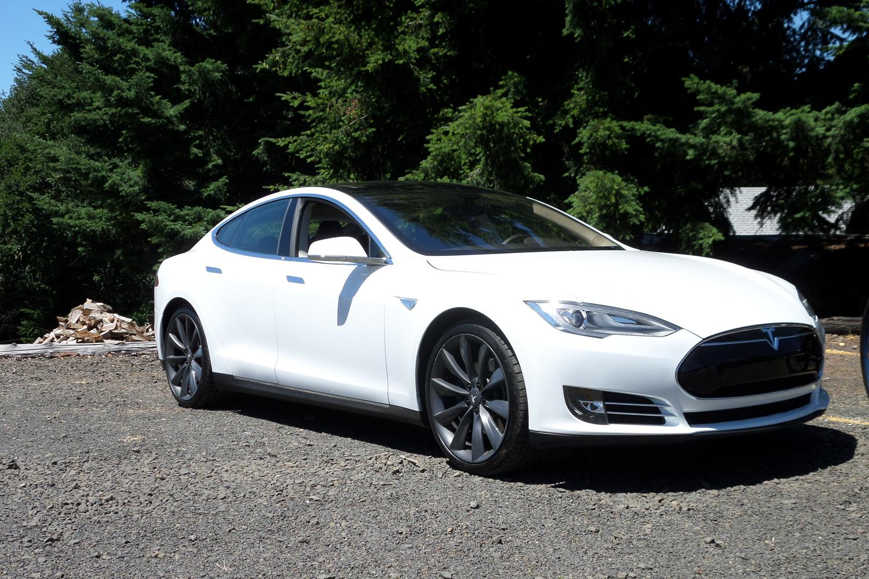 TeslaModelS1500.jpg