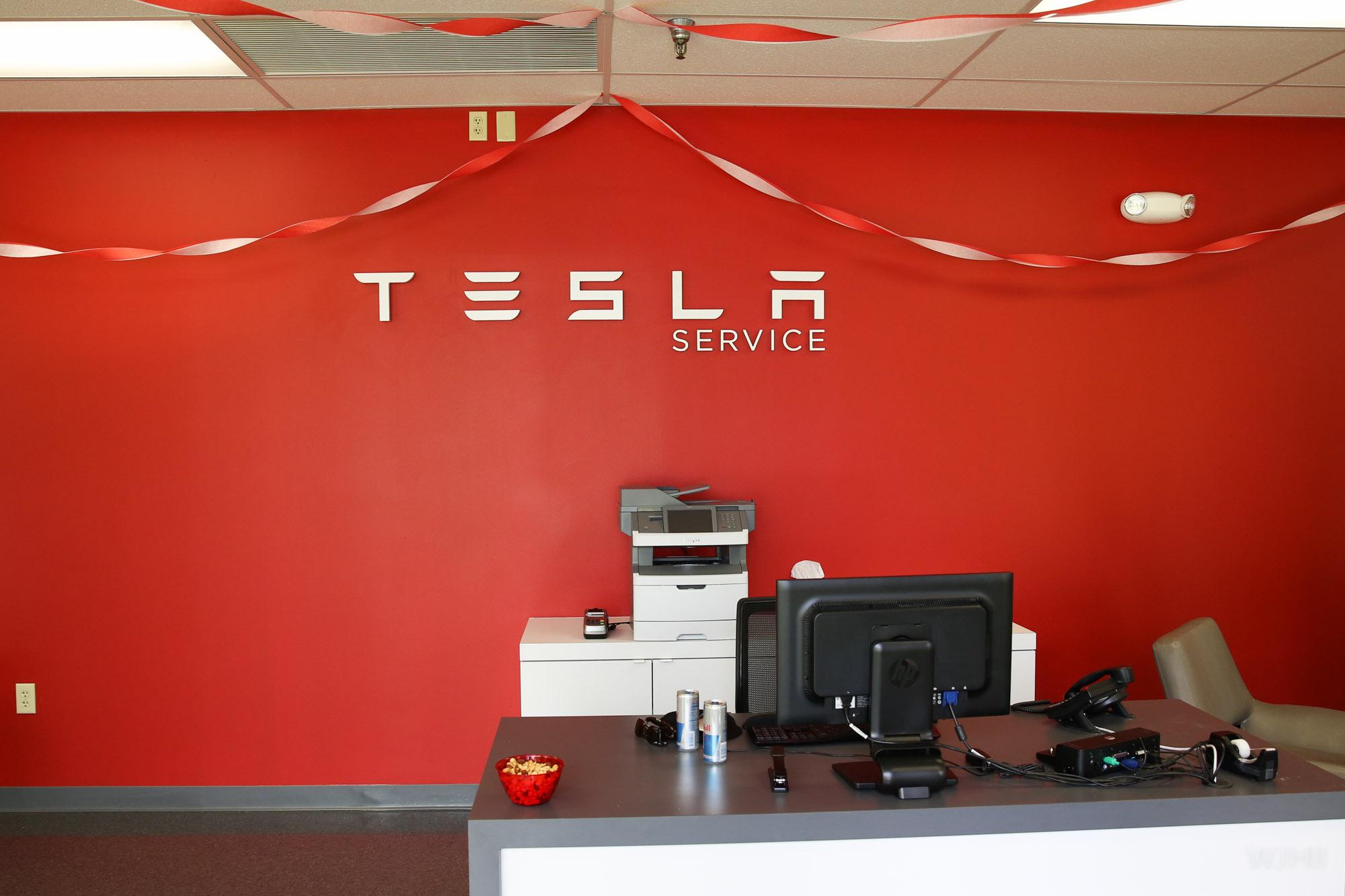 TeslaMotorsClub_Tampa_28APR13_0009.jpg