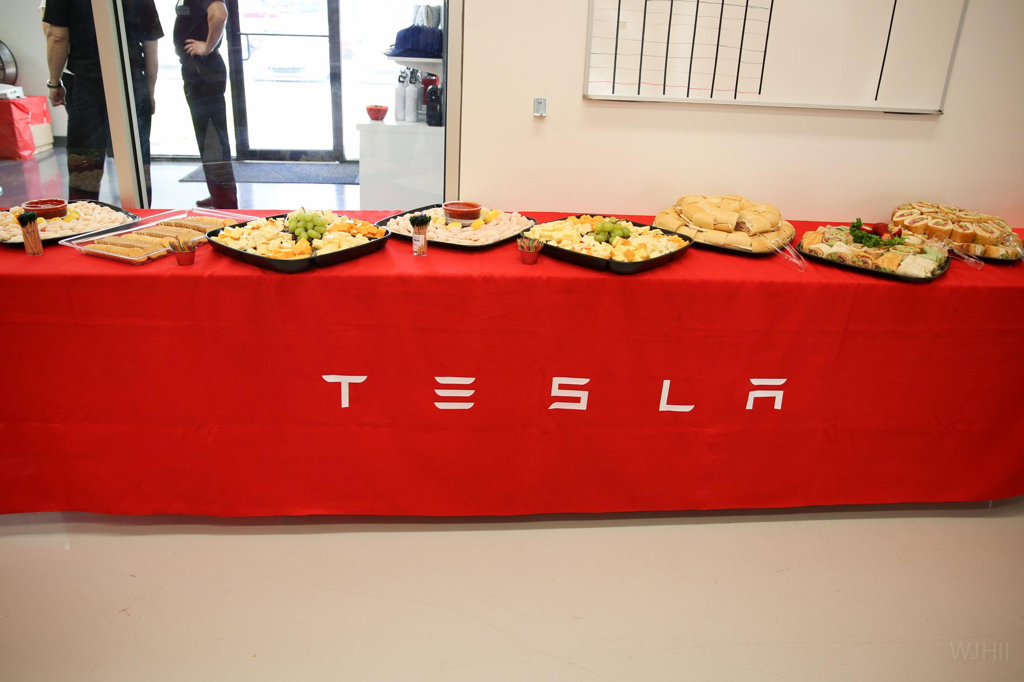 TeslaMotorsClub_Tampa_28APR13_0021.jpg