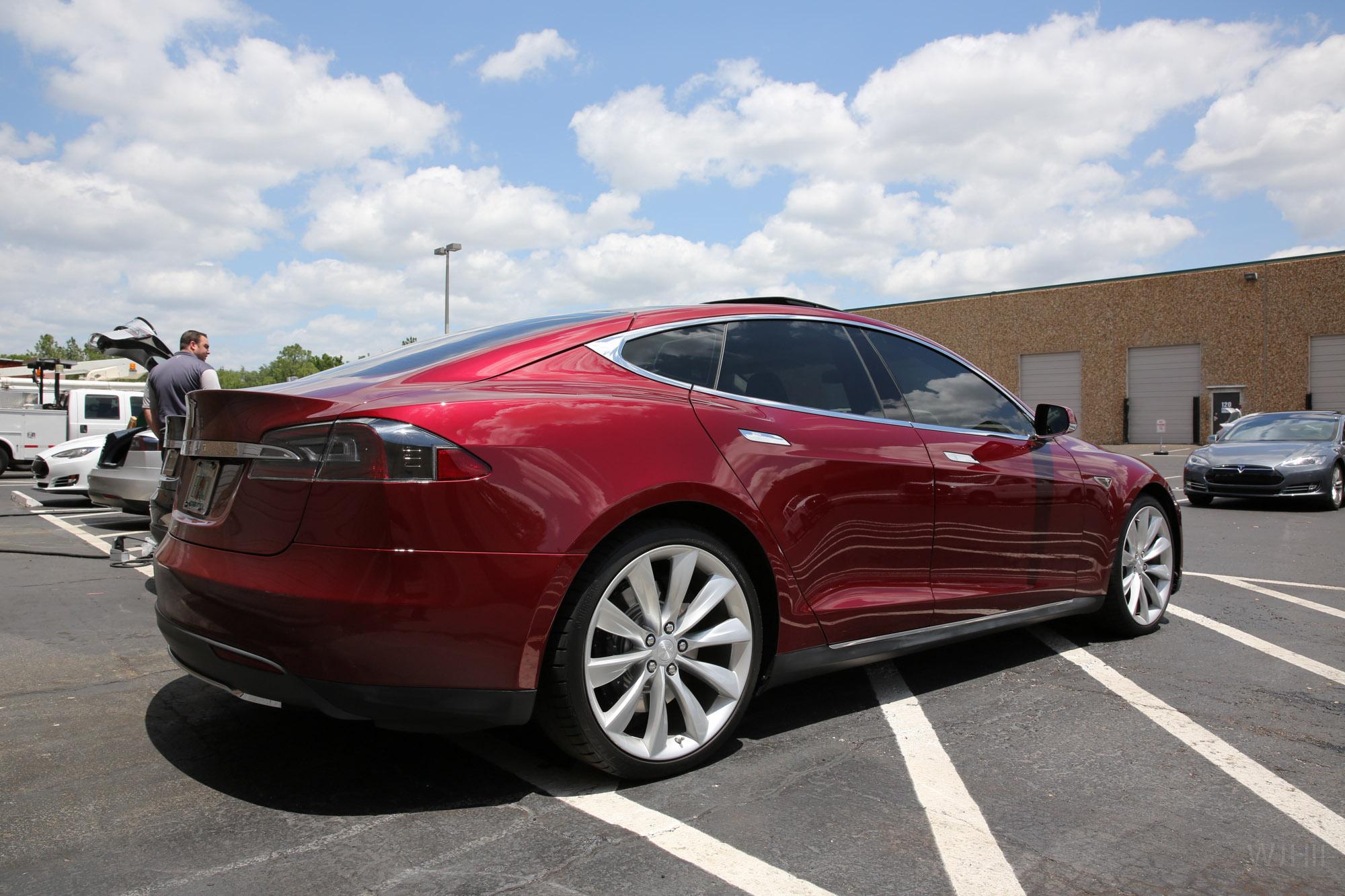 TeslaMotorsClub_Tampa_28APR13_0031.jpg