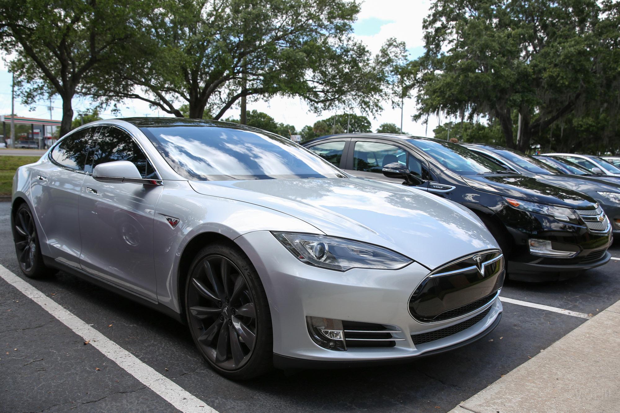 TeslaMotorsClub_Tampa_28APR13_0046.jpg
