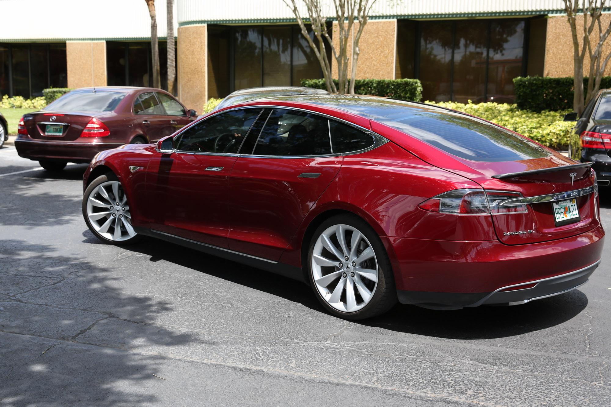 TeslaMotorsClub_Tampa_28APR13_0053.jpg