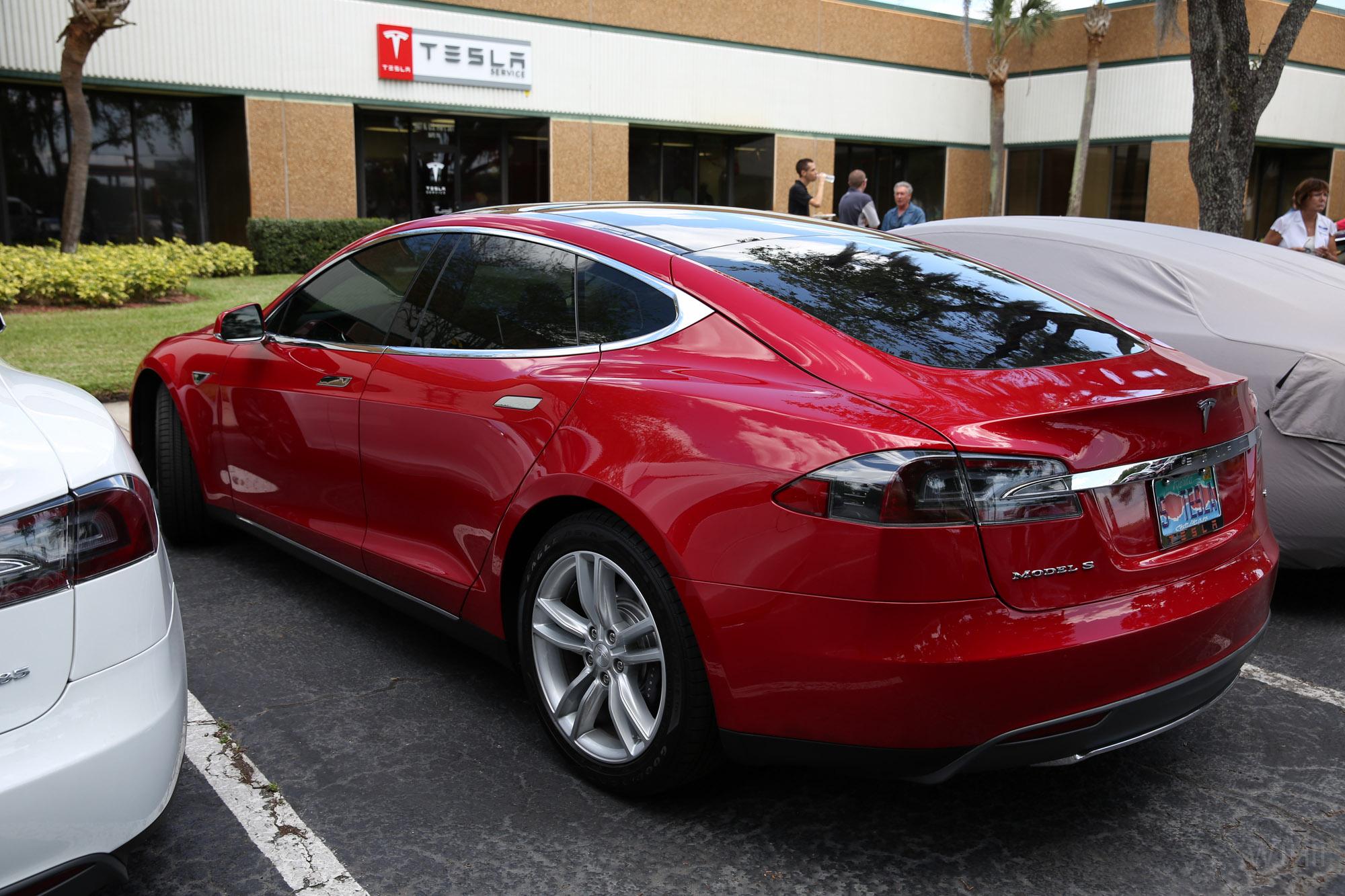 TeslaMotorsClub_Tampa_28APR13_0070.jpg