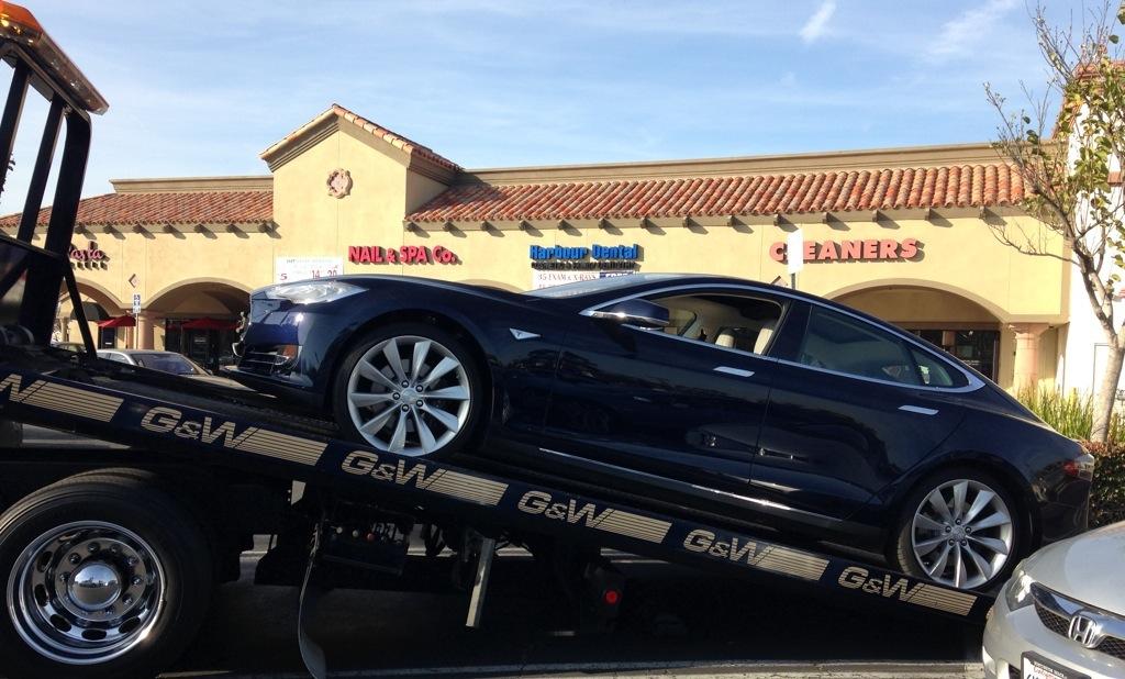 TeslaOnFlatbed.jpg