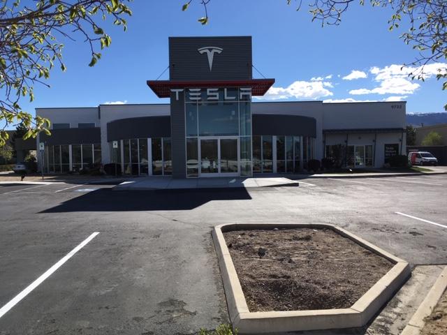 TeslaRenoStore.JPG