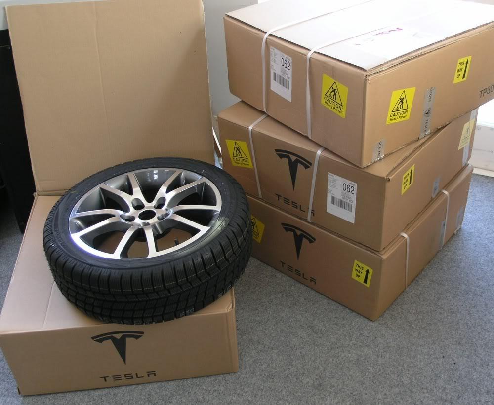Teslawheels1.jpg