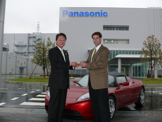 the-first-panasonic-lithium-ion-battery-for-tesla-19605_1.jpg