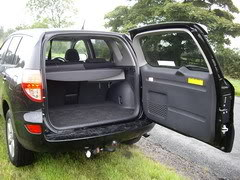 ToyotaRAV4-door.jpg