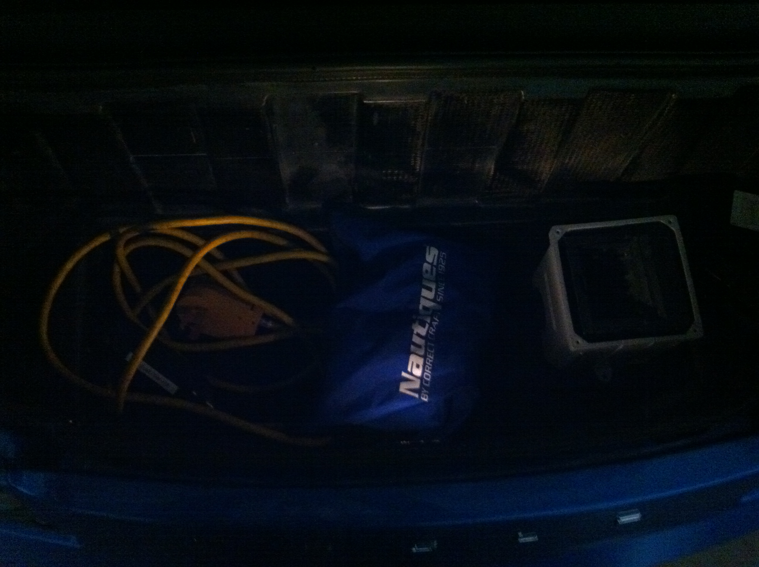 Trunk light before.jpg
