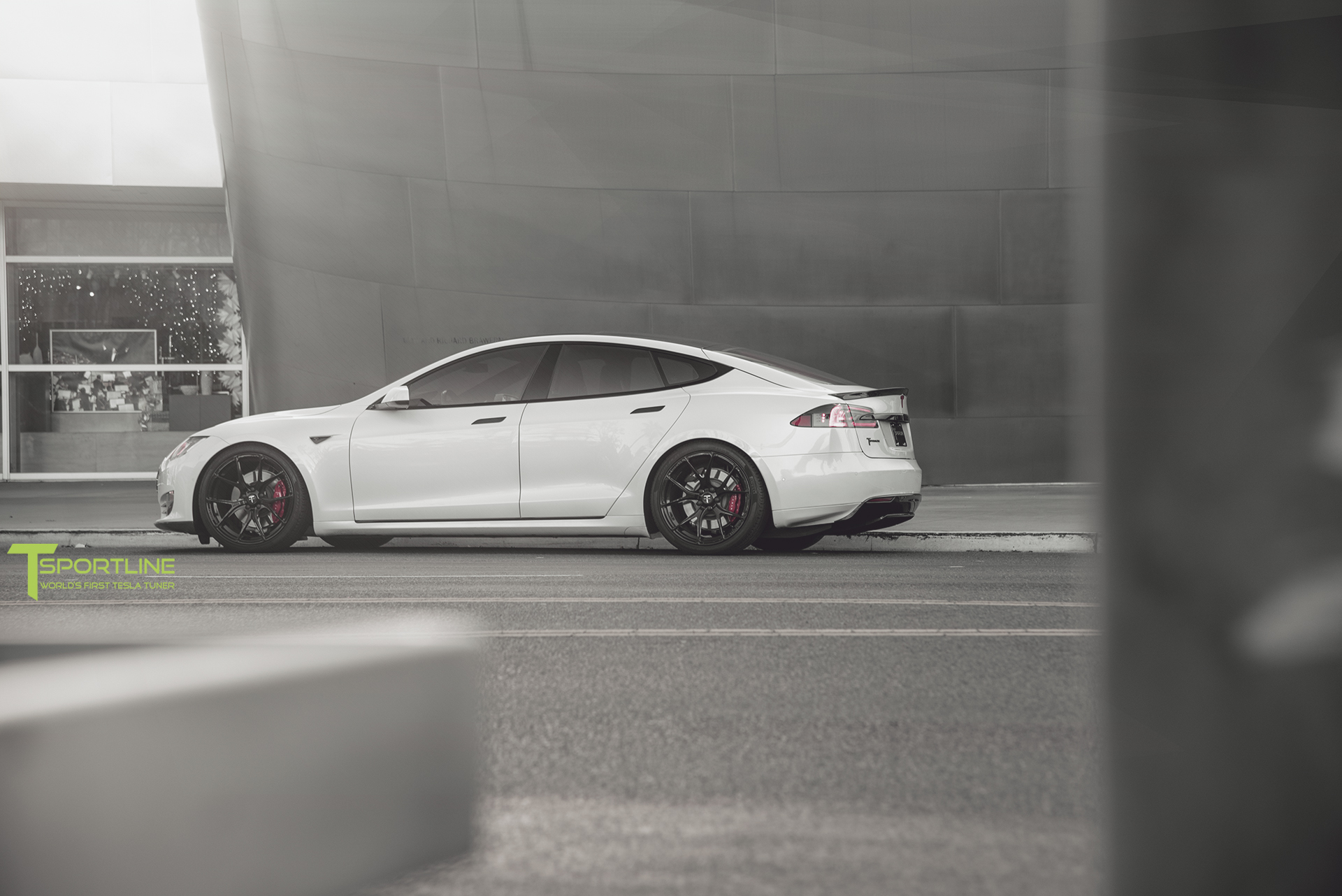 TS6-Pearl-White-Tesla-Model-S-Jet-Black-TS115-21-4.jpg