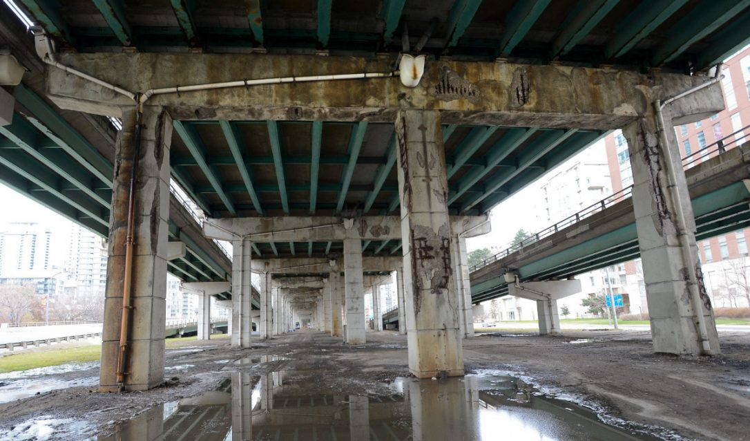 underneath_thegardiner.jpeg.size.custom.crop.1086x638.jpg