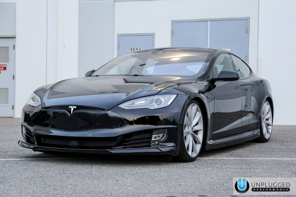 Unplugged Performance Refresh Front Fascia Tesla Model S Solid Black - 21.jpg